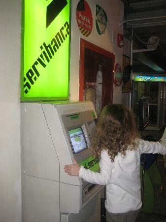 Bogotà, Colombia: Cajeros automaticos