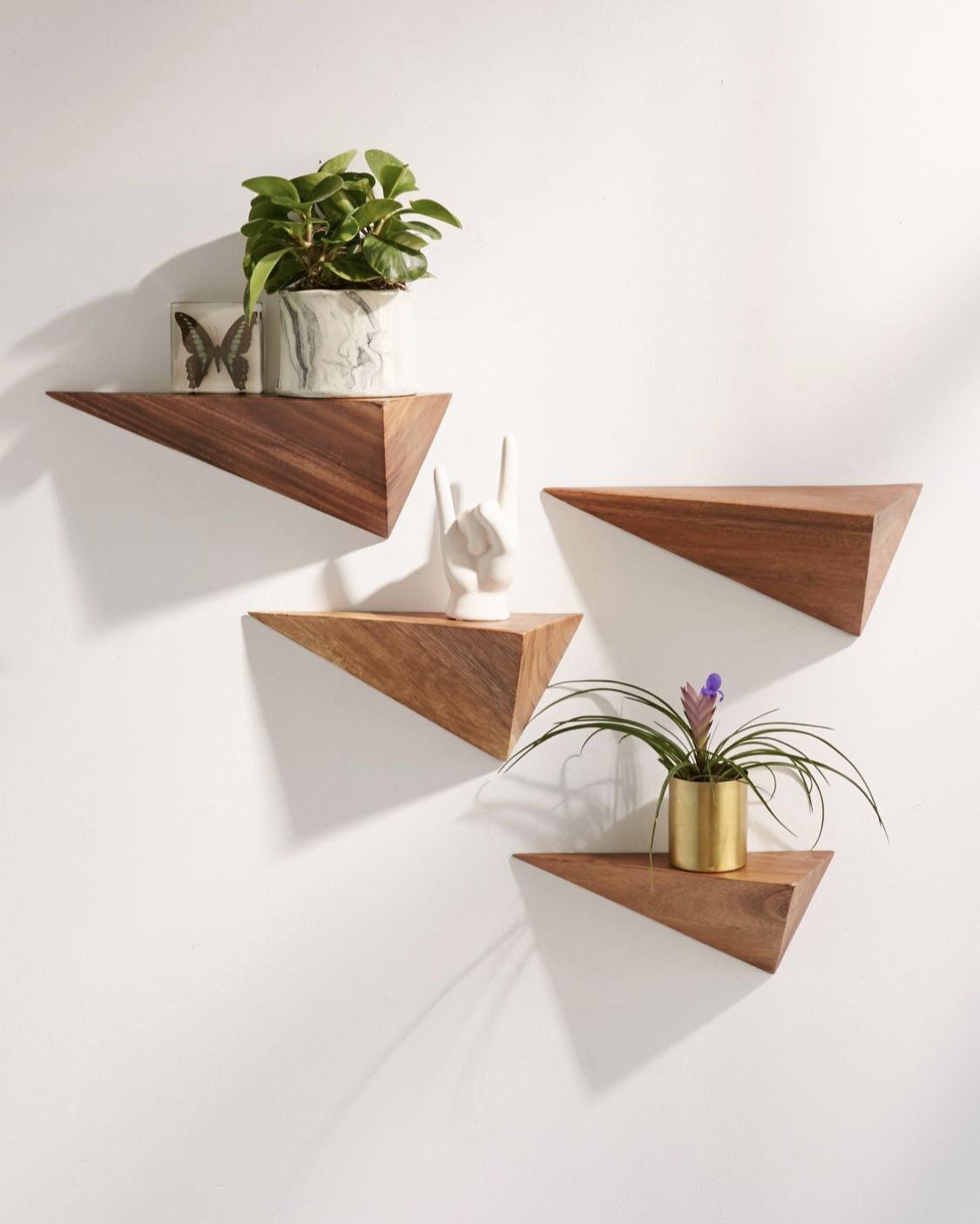 3 D Pyramid Ledge Find The Best Designer Stuff Online Decor Home Decor Accessories Shelf Decor