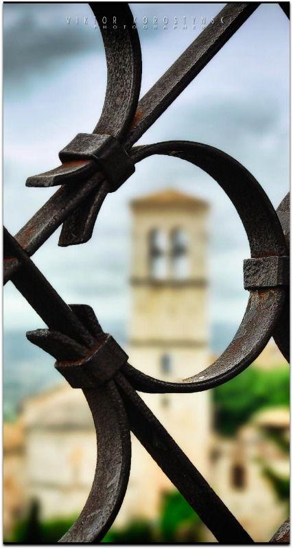 Cool...Assisi. Italy, by Viktor Korostynski