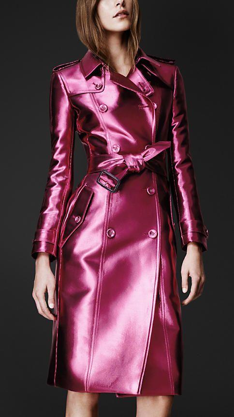 Burberry mantel pink