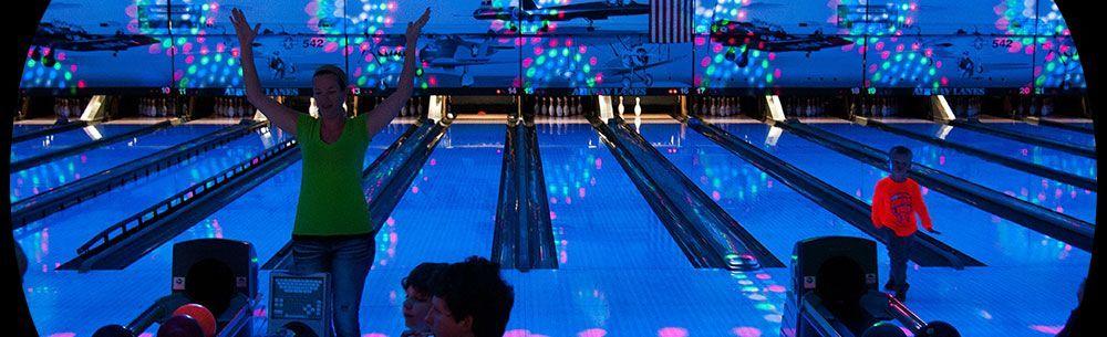 Bowling Alley Kalamazoo Airway Fun Center In 2020 Bowling Family Time Kalamazoo