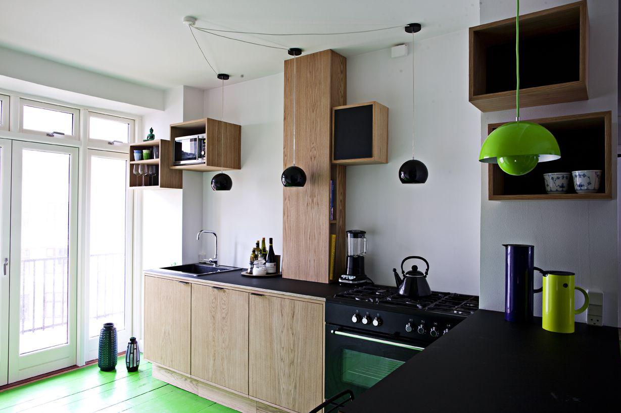 køkken i egefinér og desktop linoleum #indretning #interior