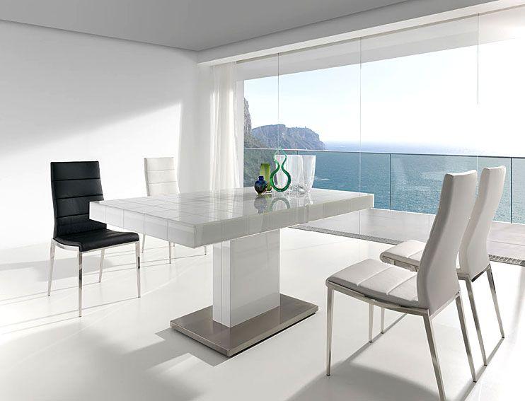 Mesa de comedor extensible mery white material dm for Comedor blanco y negro