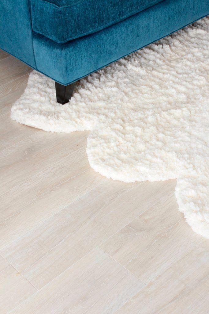 Quickstep White Wash Oak Planks Modern Laminate Flooring Roomup