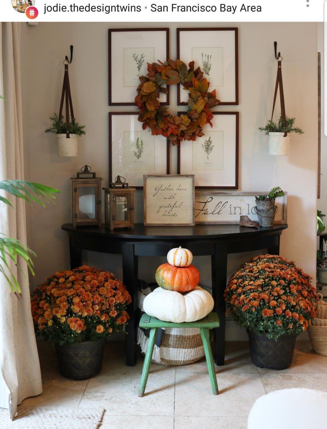 Fall entryway Fall entryway, Ladder decor, Seasonal decor