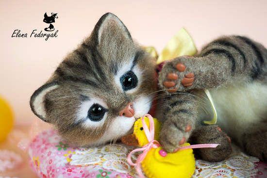 Kitten Munya (real sized Needle Felted toy) By Elena Fedoryak - Bear Pile