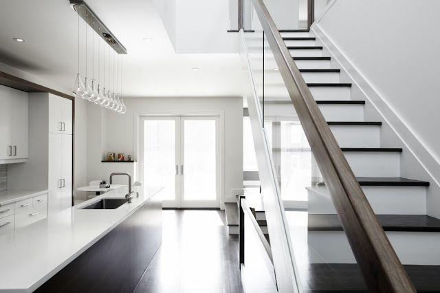 Petite Maison Moderne Avec Des Interieurs Minimalistes Salon