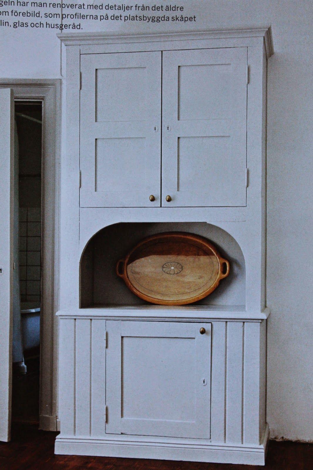 Vanhan tyylin keittiökaappi