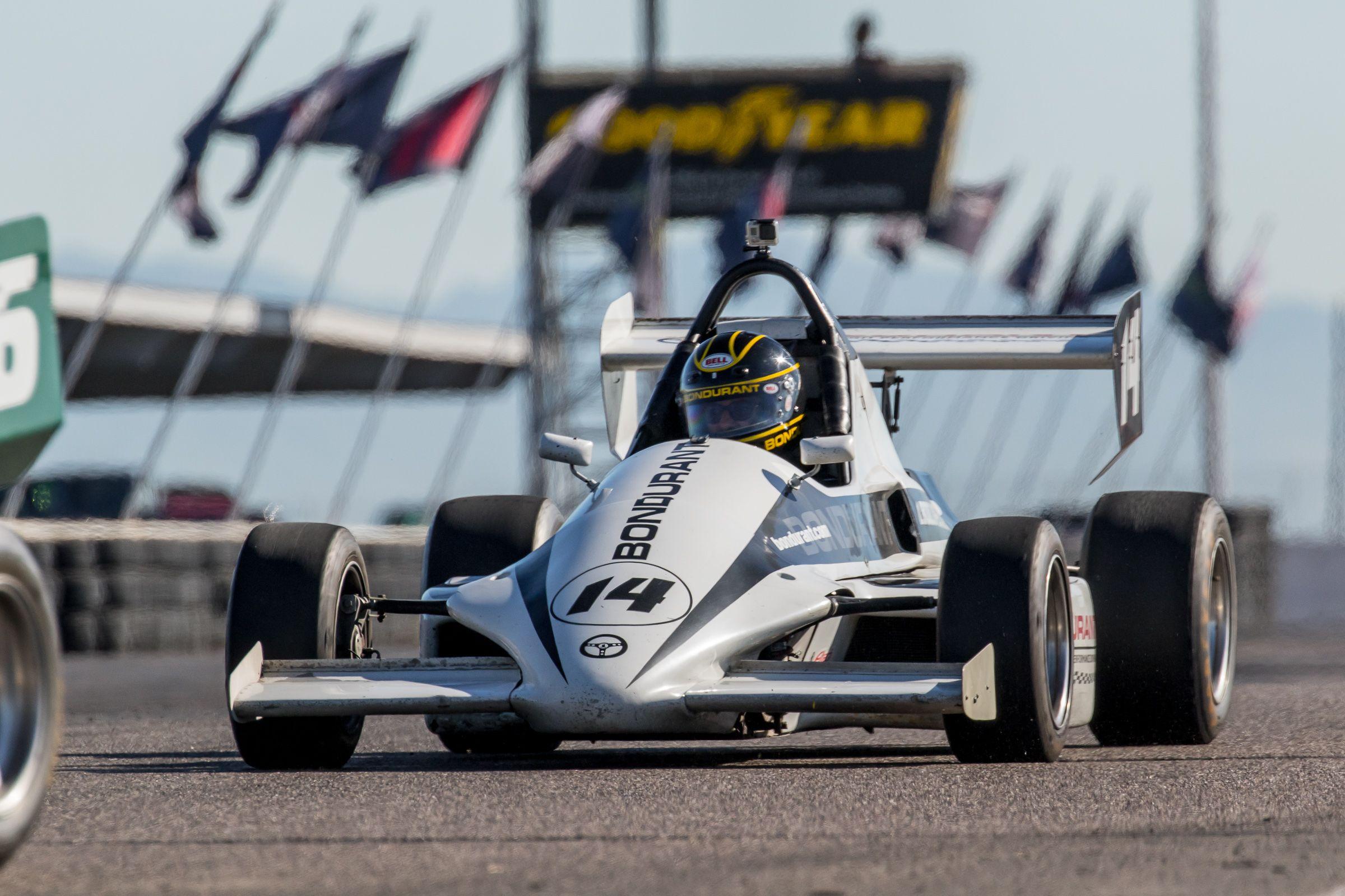 Formula Mazda At Bondurant Speedway Inches Away From Other Formula - Formula mazda