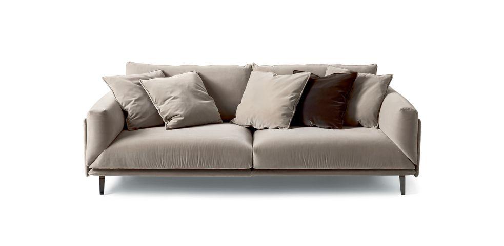 Il divano Faubourg è un omaggio alla storia di arflex, in cui Carlo ...