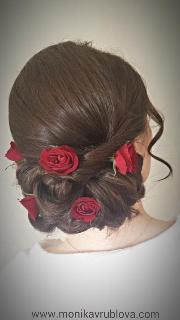 Wedding Hairstyle Low Loose Bun With Red Roses Style That