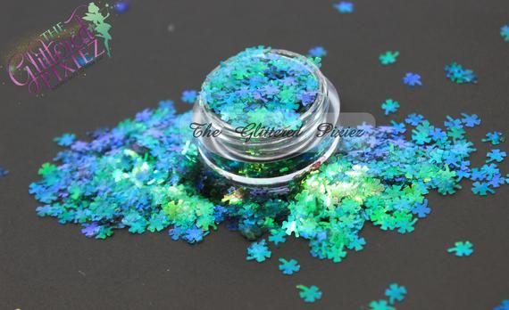 Iridescent shamrocks! Green Iridescent 4 leaf clover glitter! Color