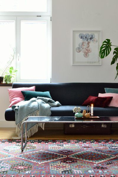 Für mehr Farbe in der Wohnung Blaue, grüne und gelbe Sofas Pinterest