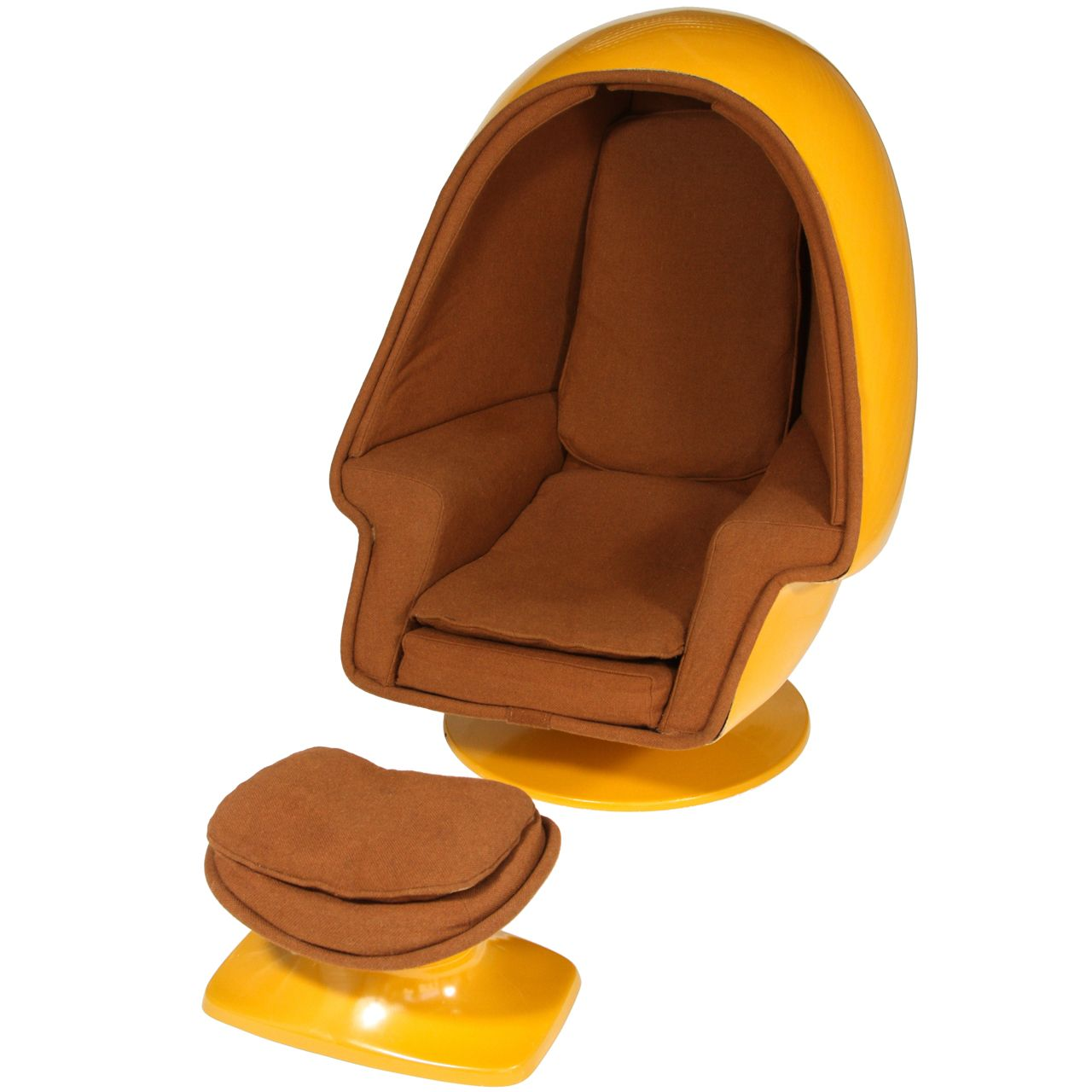 vintage lee west alpha chamber egg pod stereo chair