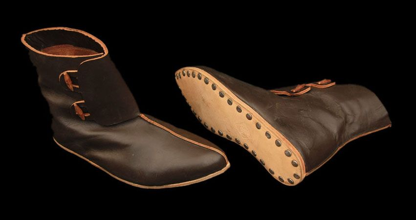 34093c0917247 Viking shoes differed from anglo saxon shoes, by having firm leather ...