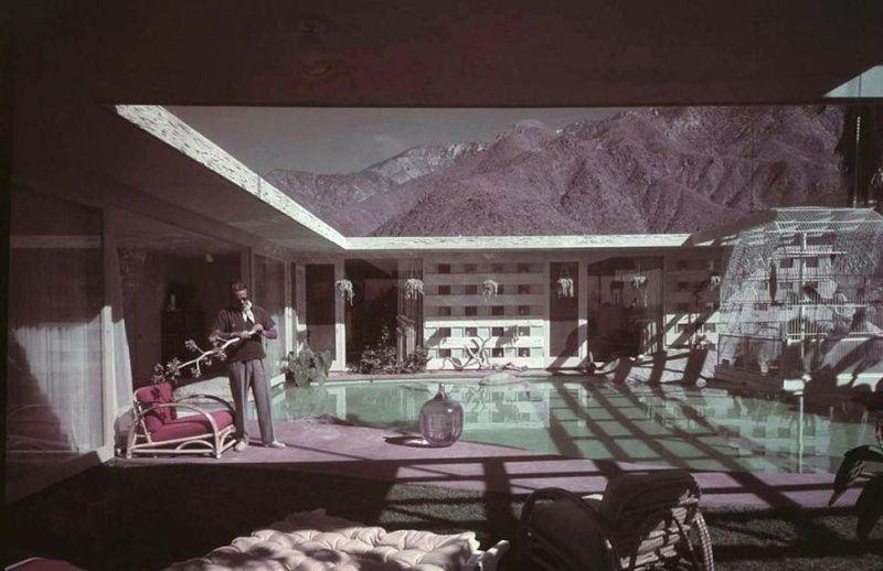 1947 Raymond Loewy House   Architect: Albert Frey