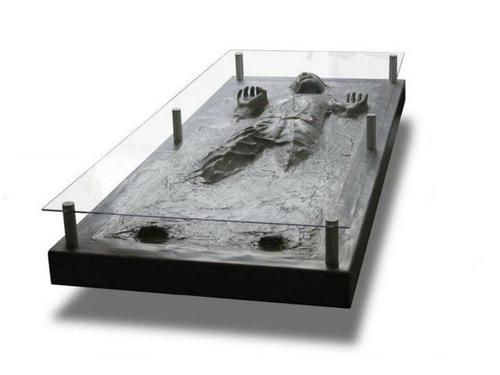 han solo in carbonite coffee table ideen rund ums haus pinterest tisch m bel und gadgets. Black Bedroom Furniture Sets. Home Design Ideas