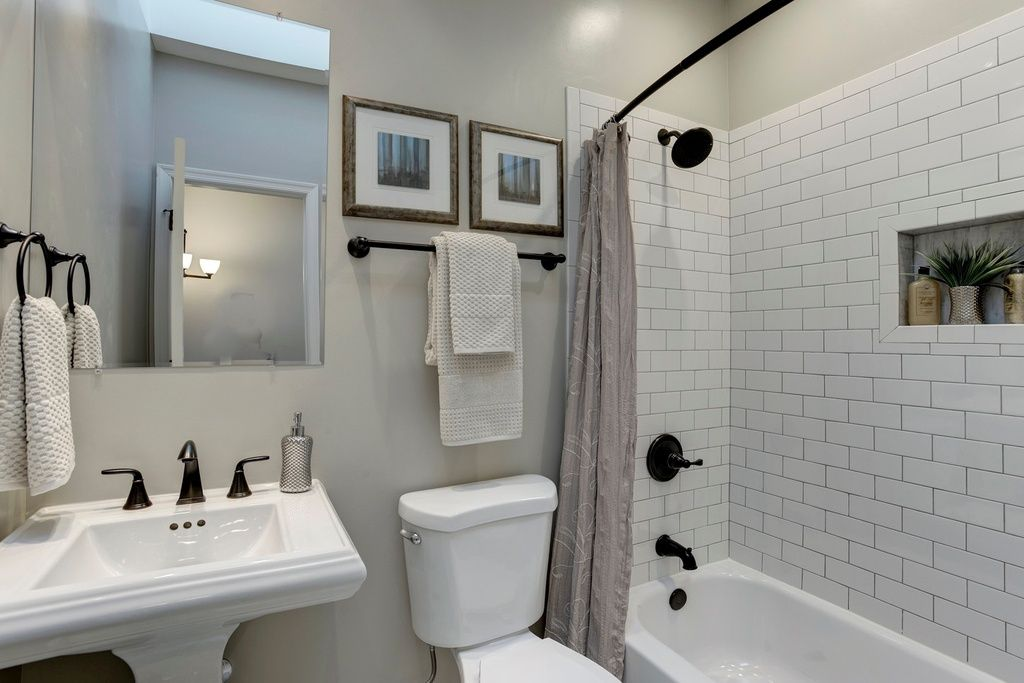 Budget Bathroom Remodel Tips To Reduce Costs Bathroom Gorgeous Updated Bathroom Designs