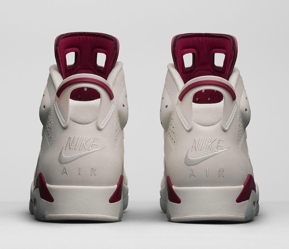 Le Rouge Foncé Nike Air Jordan Tout À Fait