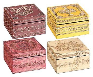 Set di 4 scatoline assortite in legno multicolor, 13x13x13 cm