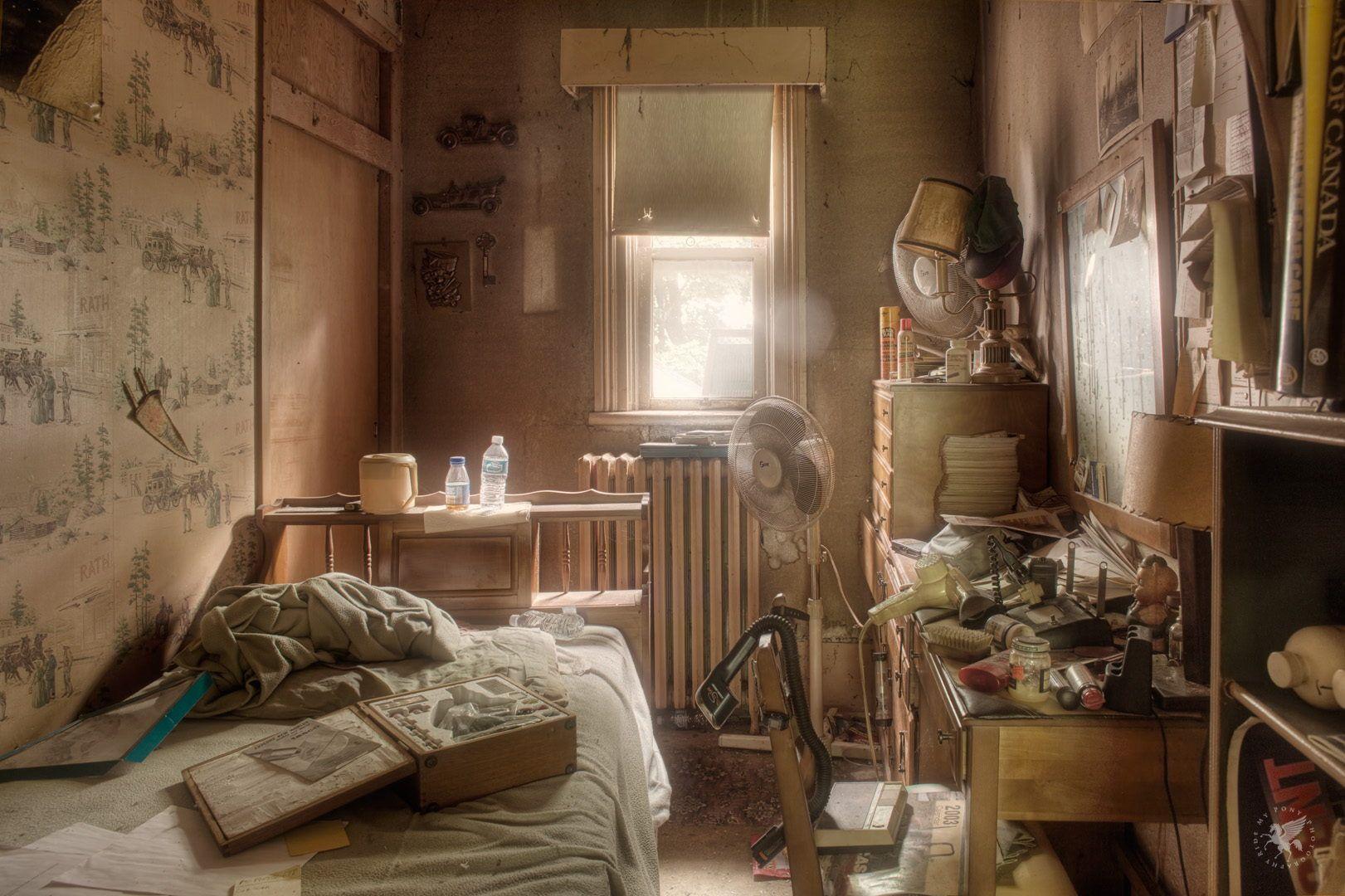 room rustic messy berantakan ruangan | Room, Farmhouse, House