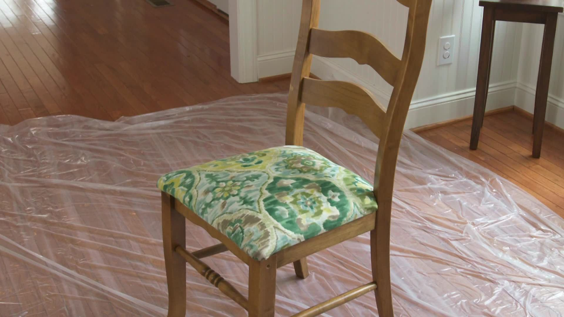 How To Re Cover A Dining Room Chair In 2020 Recovered Dining