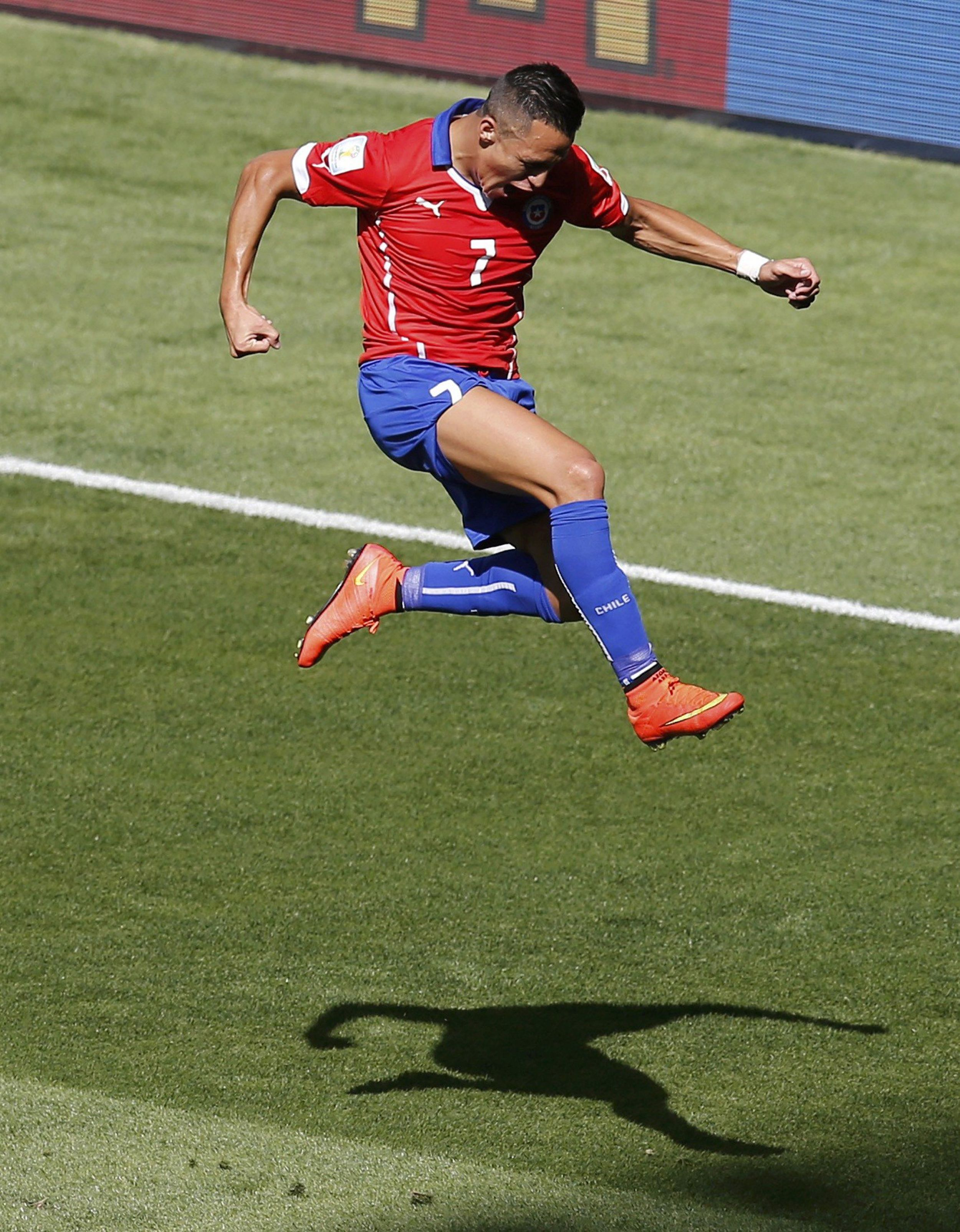 Alexis Sanchez of Chile against Brazil in the 2014 World Cup