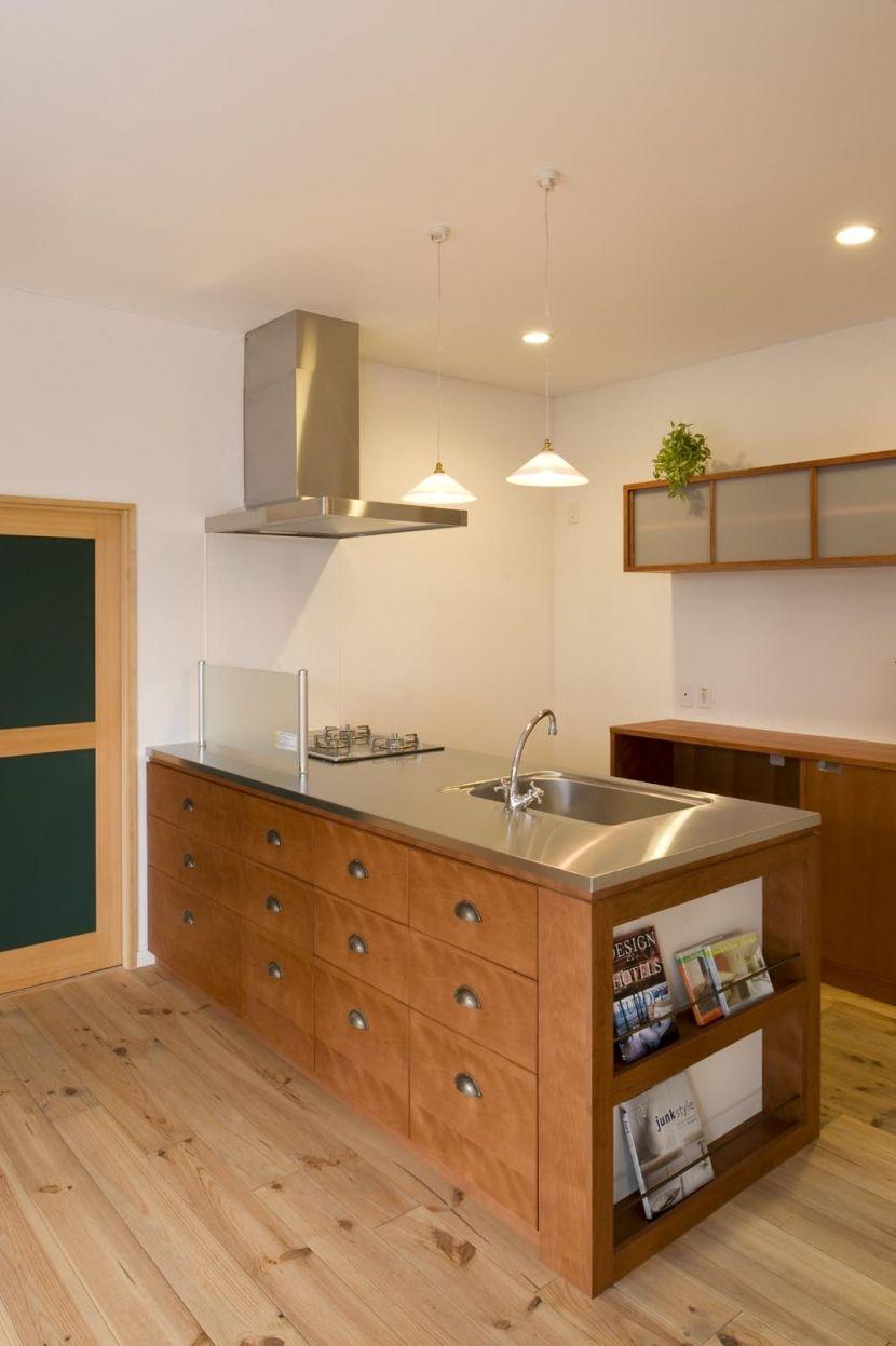 便利に使えて個性的 キッチンカウンターの収納デザイン集 収納