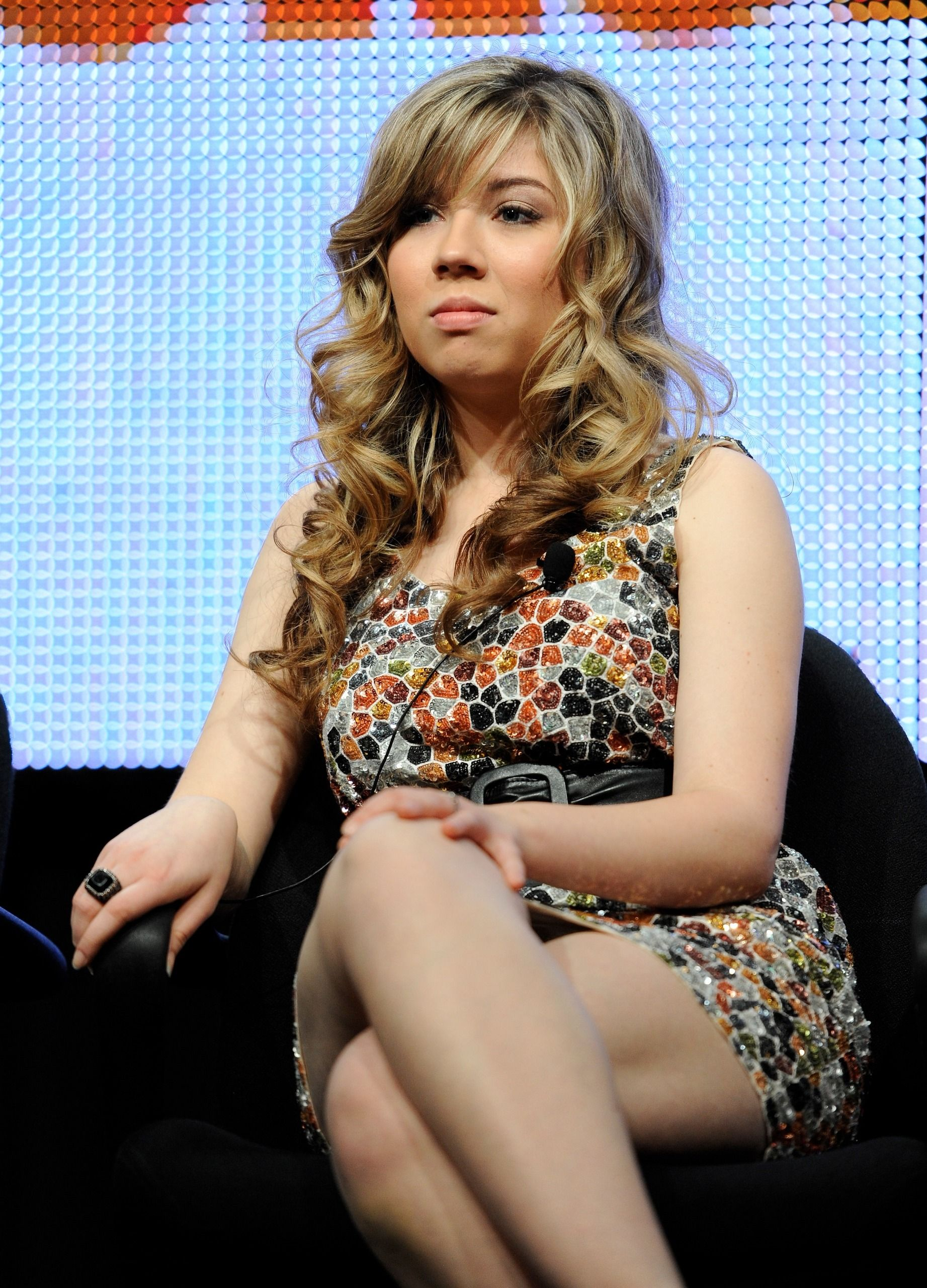 Jennette mccurdy nipple slip video and bikini pics