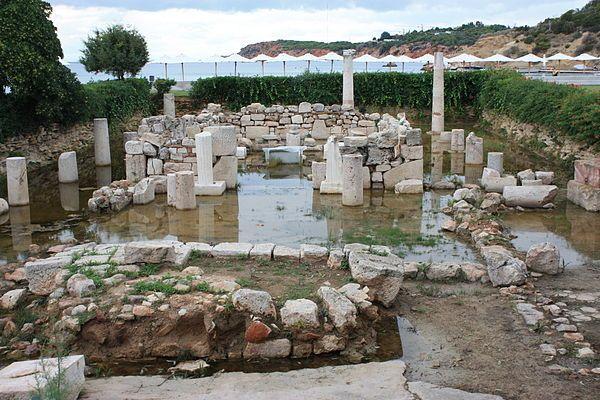 Temple of Apollo Zoster - Wikipedia, the free encyclopedia