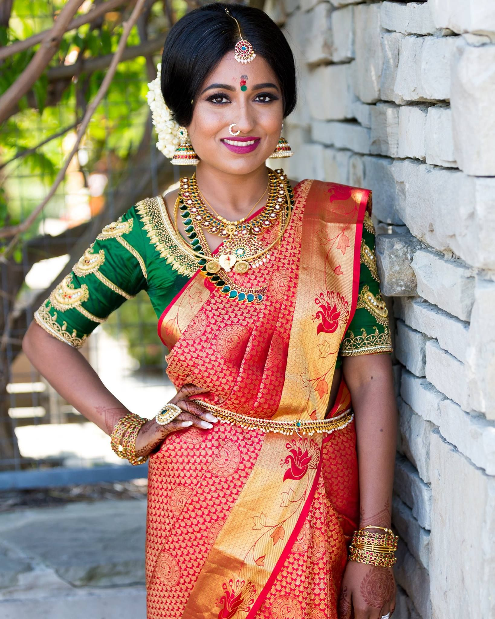 Indian Bridal Makeup Bridal Makeup Indian Bridal Hair Bridal Hair South Asian Bridal Makeup Pakistani Bridal Makeup Bridal Makeup Indian Bridal Hairstyles