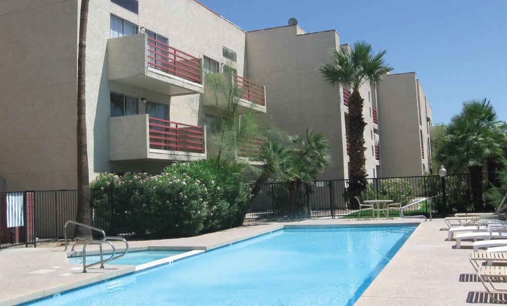 See All Available Apartments For Rent At Papago Fairways In Phoenix Az Papago Fairways Has Rental Units Ranging F Apartments For Rent Outdoor Decor Apartment