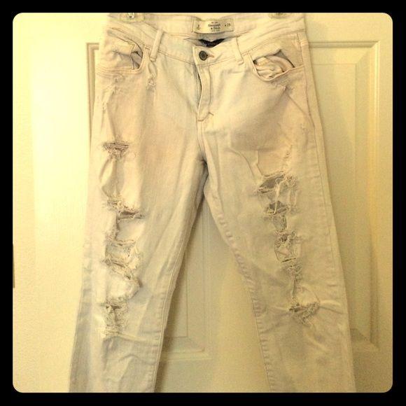 Abercrombie & Fitch white denim Perfect stretch white denim size 8 distressed look Abercrombie & Fitch Jeans