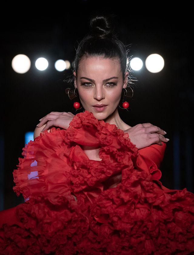 Perfecto peinados flamencos Imagen de cortes de pelo estilo - We Love Flamenco 2019: ideas para el peinado y las flores ...