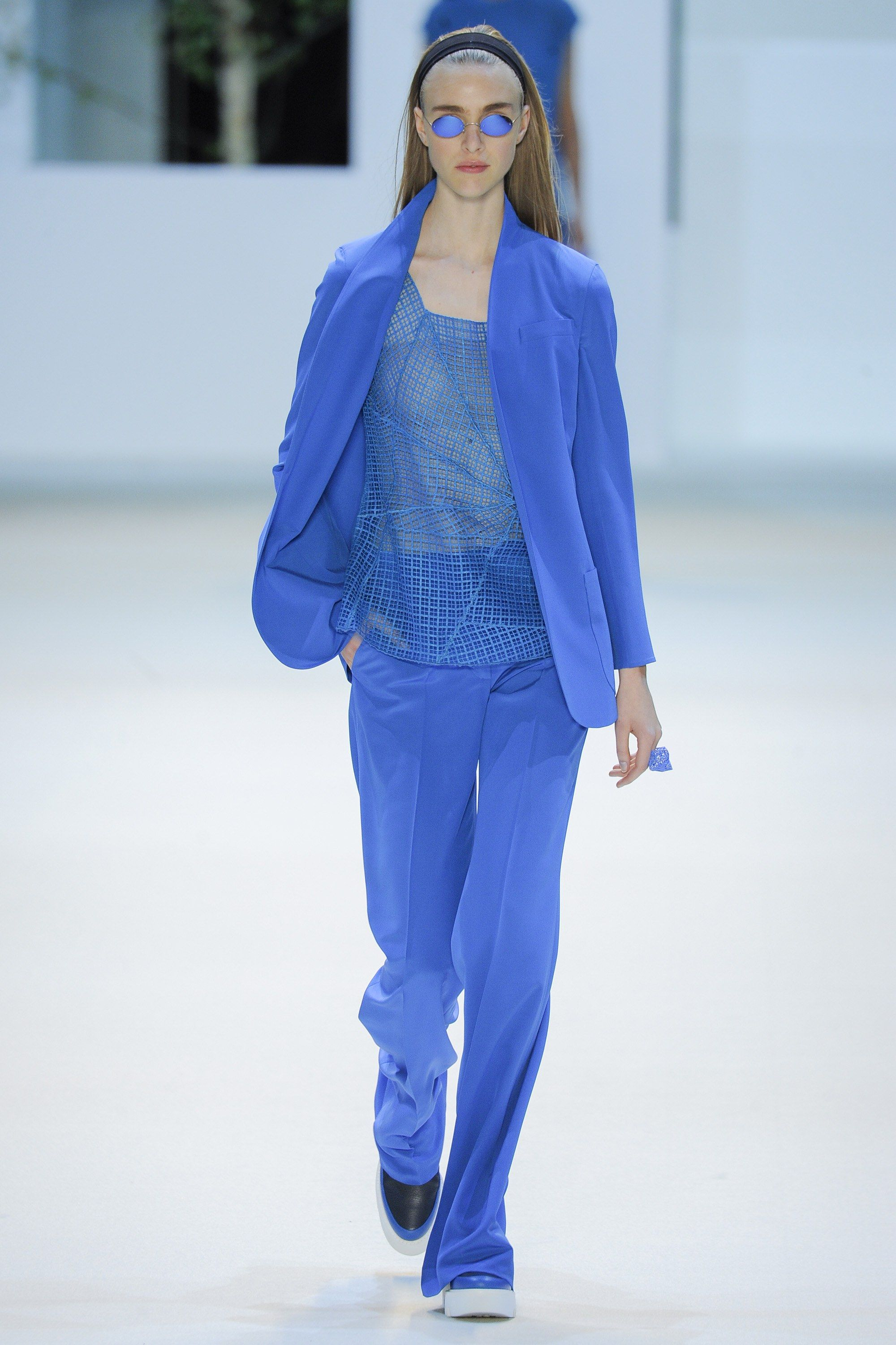Akris Spring 2016 Ready-to-Wear Fashion Show - Hedvig Palm (Next)