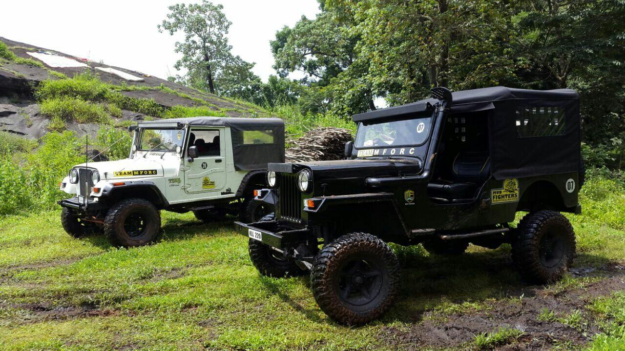 Mahindra Jeep Cj500 And Thar Di By Team Mforc Mahindra Jeep