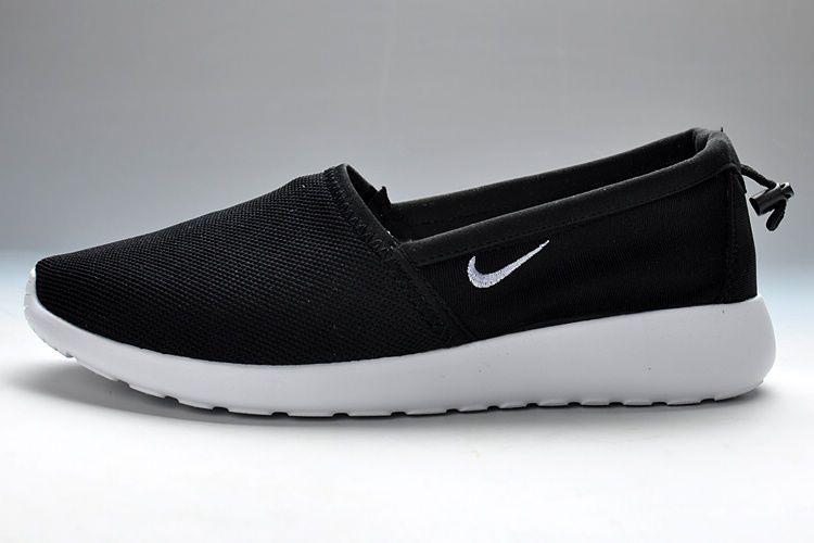 Black White Nike Roshe Run Mens Slip-On Shoes UK Nike66809
