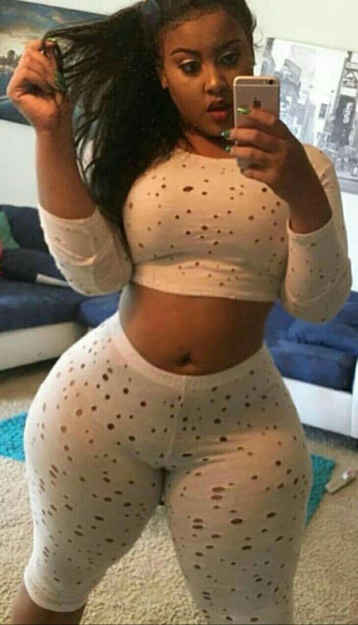 thick selfies Hood black girl