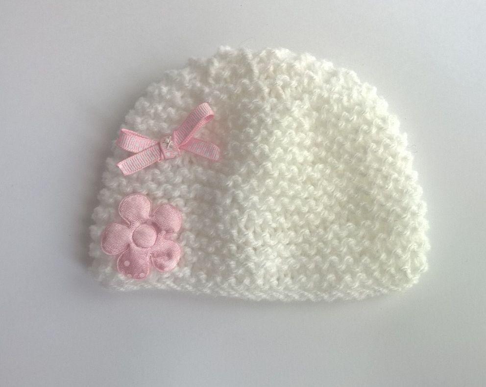 Bonnet naissance bébé blanc et décor rose layette fleur noeud - fait main -  0 3 mois   Mode Bébé par sweet-creas 9a8bbeb7376