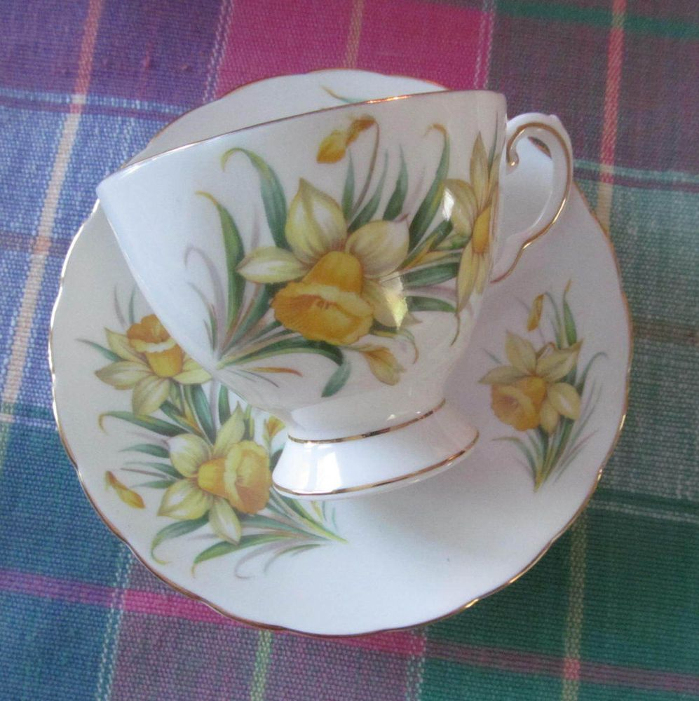 Vintage England Tuscan Csmarch Daffodils Birthday Flowers Cup