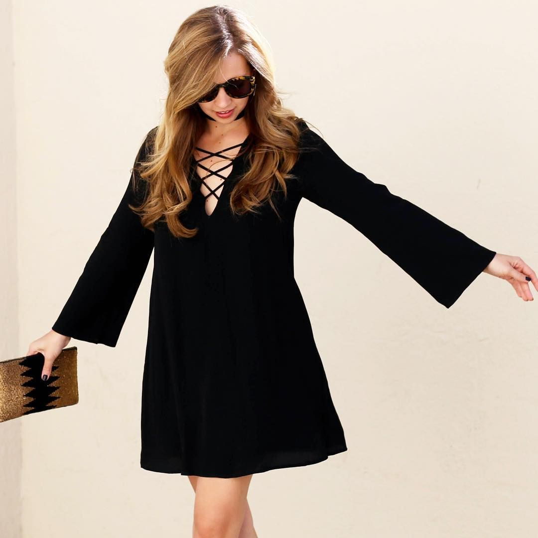Bell sleeve dress a pearl kind of girl pinterest sleeved