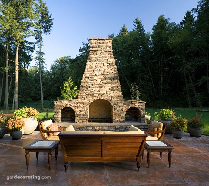 Fireplace/Mantels,Patios/Decks/Lanai/Outdoor Kitchens