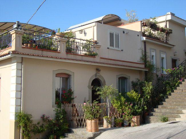 casa vulcano ferienhaus in sizilien geeignet f r 2 5 personen casetta al costa. Black Bedroom Furniture Sets. Home Design Ideas