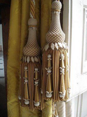 Tassel tie backs