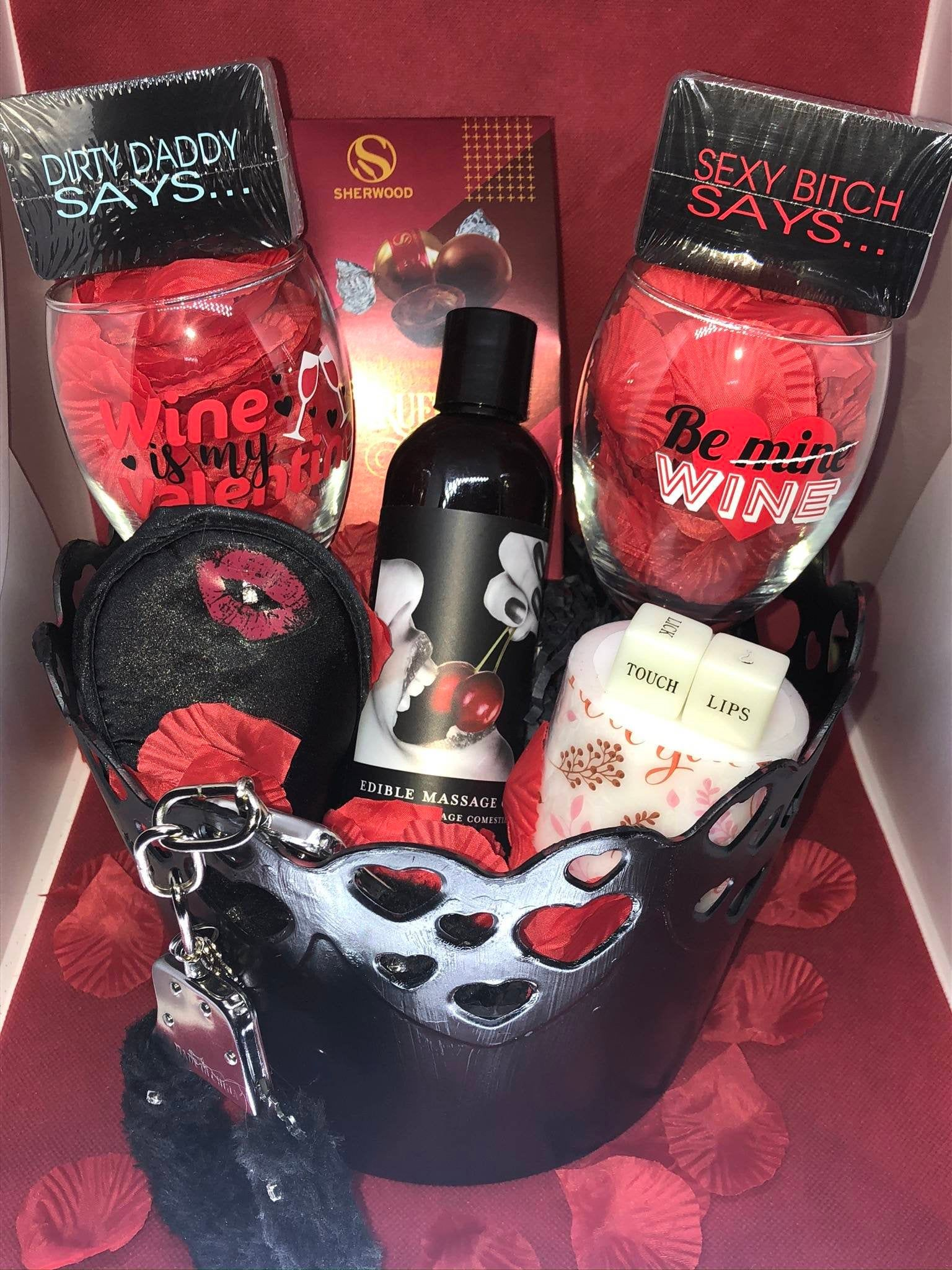 Pin By Sequoyah Carter On Valentine S Day In 2020 Mens Valentines Day Gifts Valentines Day Baskets Mens Valentines Gifts
