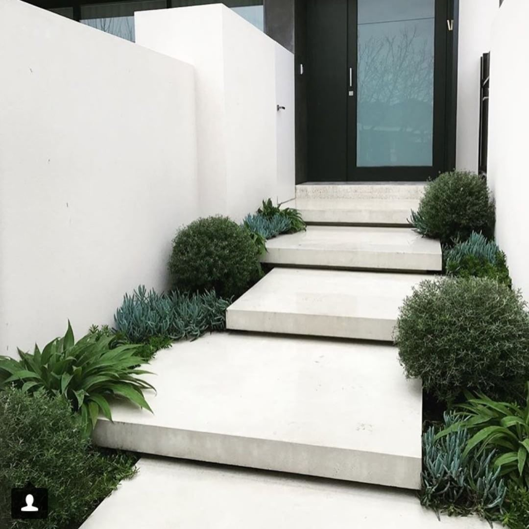 Gorgeous Front Steps Design Interiordesign Homedesign Decor Homedecor Exterior Exteriordrsign Exterior Stairs Modern Landscaping Front Yard Design