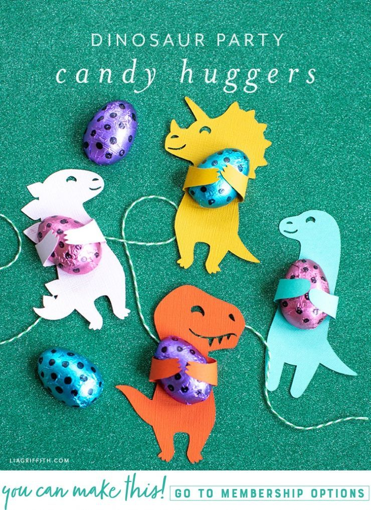 hese dinosaur candy huggers would be perfect for a kid's birthday. Or you can use them to make a fun little treat even more exciting. #dinosaur #dino #dinosaurparty #dinosaurbirthdayparty #svg