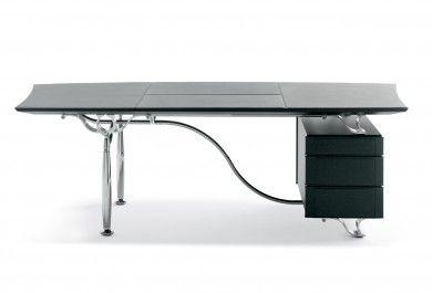 Bureau corinthia desk ce poltrona frau desk possède un châssis