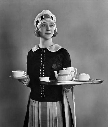 The perfect 'Nippy' http://www.historynotes.info/the-changing-role-of-woman-in-20th-century-britain-2669/