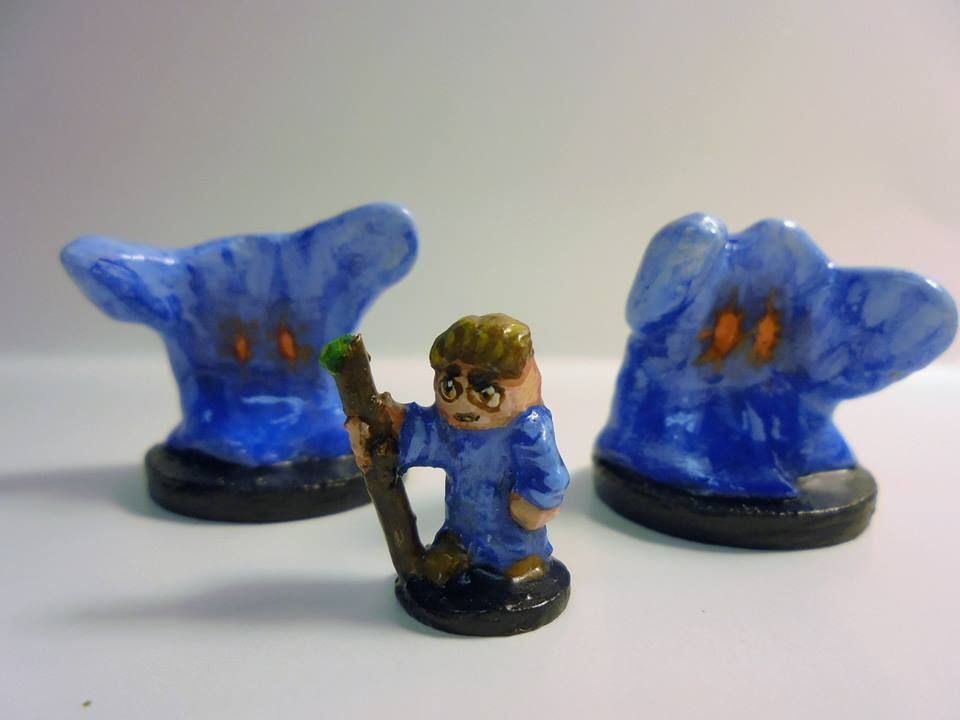 15mm scale blue wizard and his two water elementals scratch built